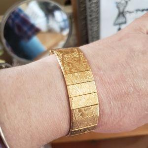 SARAH COVENTRY VINTAGE GOLD BRACELET RARE!!